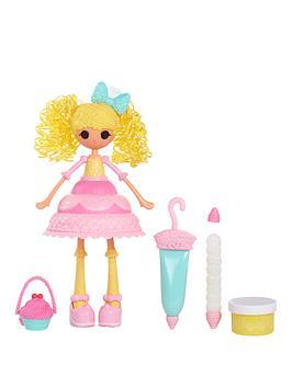 lalaloopsy-lalaloopsy-girls-cake-decorator--candle-slice-o039-cake