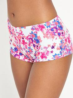 resort-mix-amp-match-short