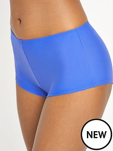 resort-mampm-short