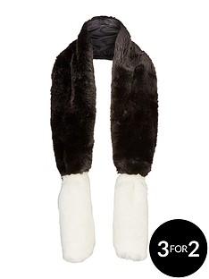 lipsy-faux-fur-collar