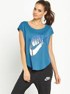 nike-signal-metallic-t-shirt
