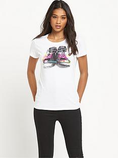converse-chuck-collage-t-shirt