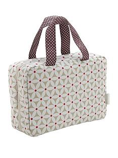 victoria-green-victoria-green-traveller-bag-starflower-print