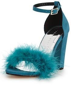 shoe-box-velma-faux-fur-minimal-sandal