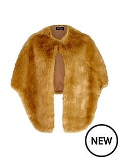 jayley-faux-fur-cape