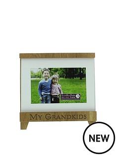 new-view-new-view-grandkids-wood-trim-photo-frame