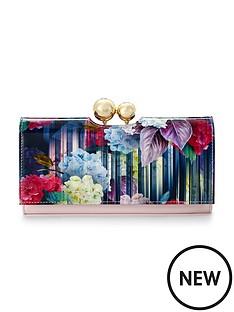 ted-baker-hydrangea-printed-purse