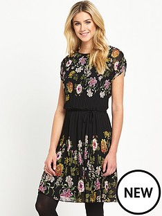 oasis-opium-pleated-dress