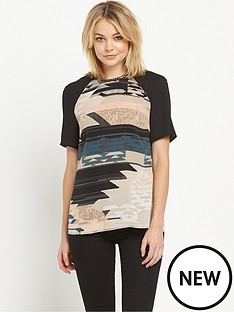 warehouse-tapestry-landscape-print-t-shirt