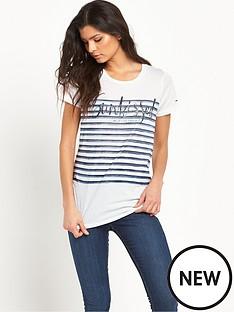 hilfiger-denim-printed-stripe-t-shirt