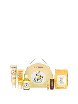 burts-bees-mama-bee-gift-collectionnbspamp-free-burts-bees-naturally-gifted-bloom-bundle-offer