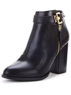 miss-selfridge-snaffle-trim-boot