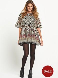 glamorous-border-print-dress