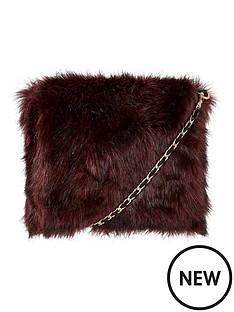 coast-faux-fur-crossbody-bag