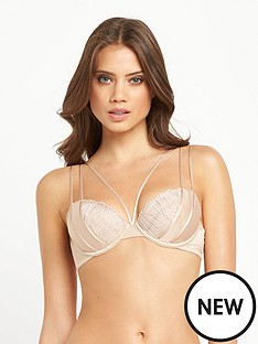 wonderbra-exclusive-one-amp-only-bra