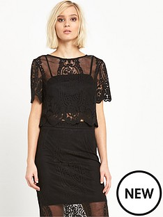 miss-selfridge-black-lace-scallop-hem-crop-top