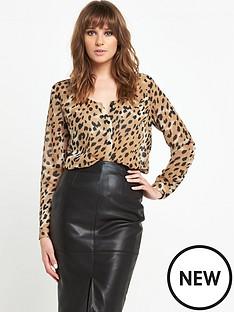 v-by-very-v-front-animal-blouse