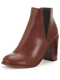 shoe-box-wellington-heeled-chelsea-boot
