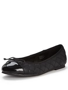 so-fabulous-dudley-extra-wide-fit-quilt-toe-cap-ballerina