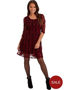 joe-browns-inspiring-lace-dress