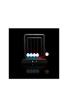 kinetic-newtons-cradle