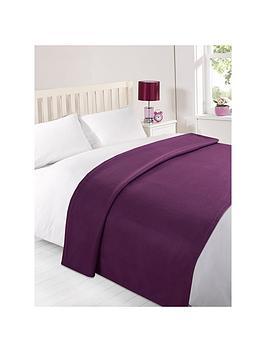 plain-fleece-blanket-in-grape