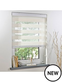 day-amp-night-roller-blind-90x160cm