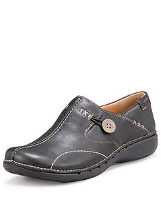 clarks-un-loop-leather-shoes