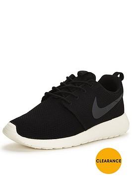 nike-roshe-one-shoe-black