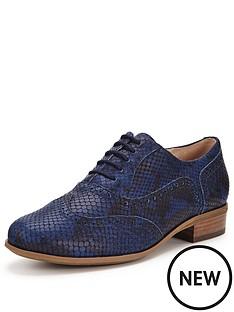 clarks-clarks-hamble-oak-new-navy-brogue-shoe