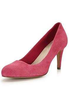 clarks-carlita-cove-mid-heel-court-shoe