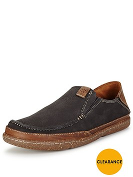 clarks-trapell-form-casual-slip-on