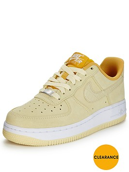 nike-air-force-1-07-fashion-shoe-lemon