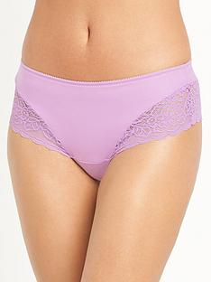 triumph-triumph-amourette-spotlight-hipster-brief