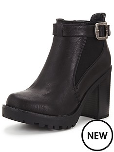 firetrap-firetrap-quipper-chunky-heeled-ankle-boot