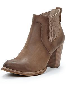 ugg-australia-cobie-heeled-chelsea-boots