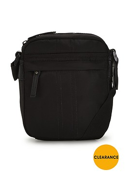 mens-flight-bag