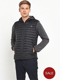 the-north-face-reversible-charlie-jacket