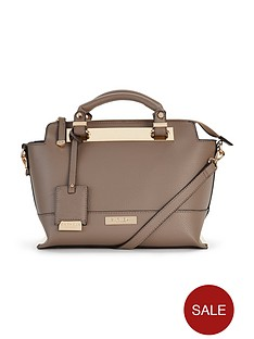 carvela-edee-plate-shoulder-bag