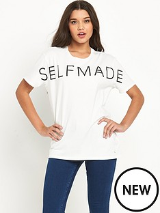 lee-lee-logo-boyfirend-t-shirt