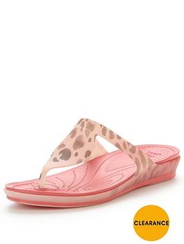 crocs-rio-leopard-fade-flip-flop