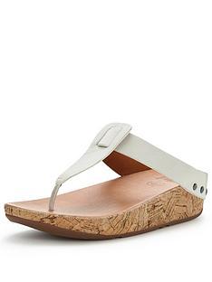 fitflop-ibiza-cork-toe-post-sandal