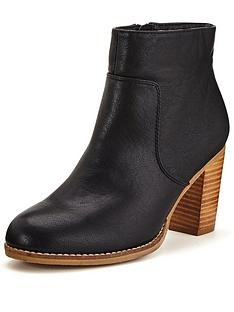 oasis-alessia-block-heel-ankle-boot