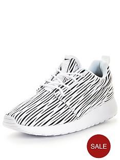nike-roshe-one-eng-lifestyle-shoes-monochrome