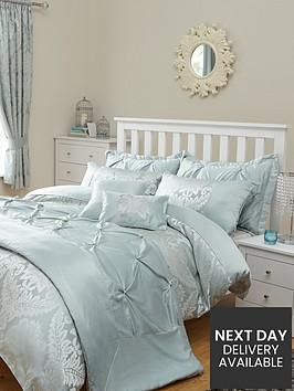 boston-duvet-cover-and-pillowcase-set