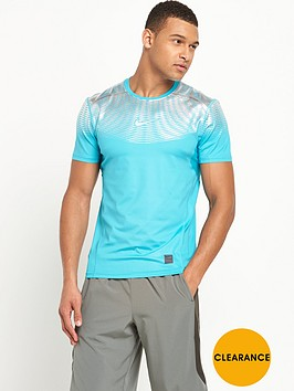 nike-hypercool-max-fitted-t-shirt