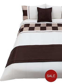 alrla-bed-in-a-bag-naturalchocolate