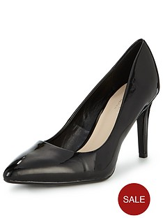 carvela-kale-patent-point-toe-court