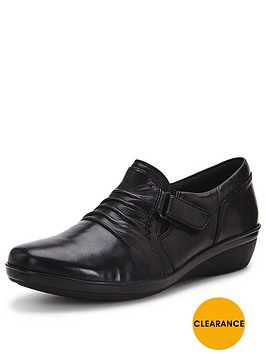 clarks-everlay-coda-slip-on-low-wedge-leather-shoe