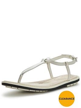clarks-seattle-spice-sandals